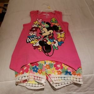 Brand New Girl's Disney Minnie Short set